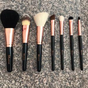 Morphs Travel Makeup Brush Set BRAND NEW!